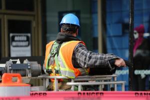 problem z niedoborem pracowników w branży stalowej
